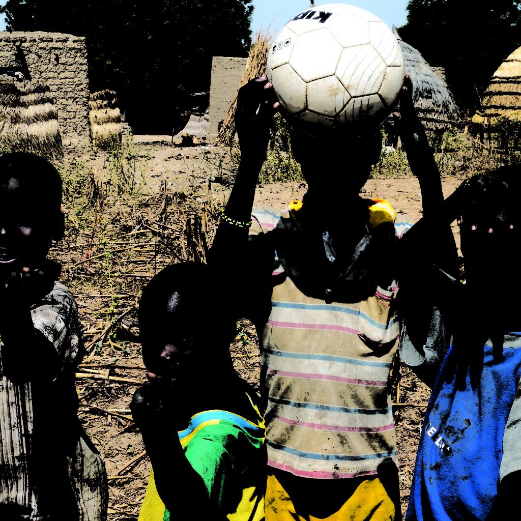 Jeux De Garçons - La Tapoa - Niger 2007