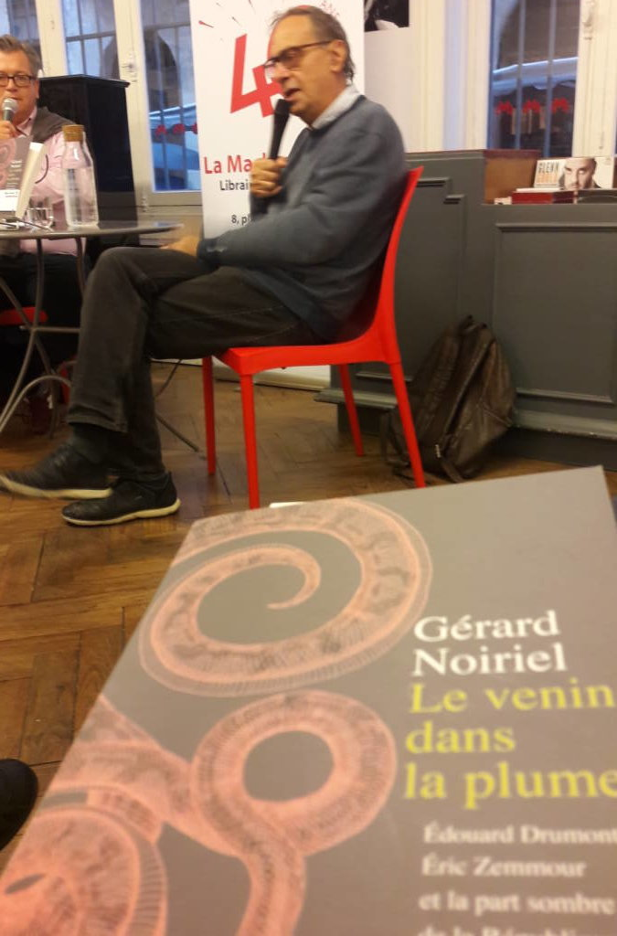 Gérard Noiriel Présente Le Poison Dans La Plume Machine à Musique